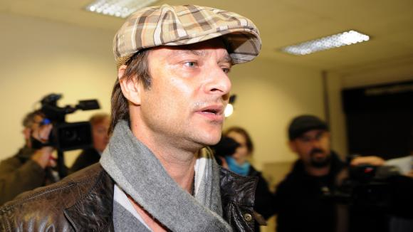 David Hallyday dans l\'aéroport Los Angeles International