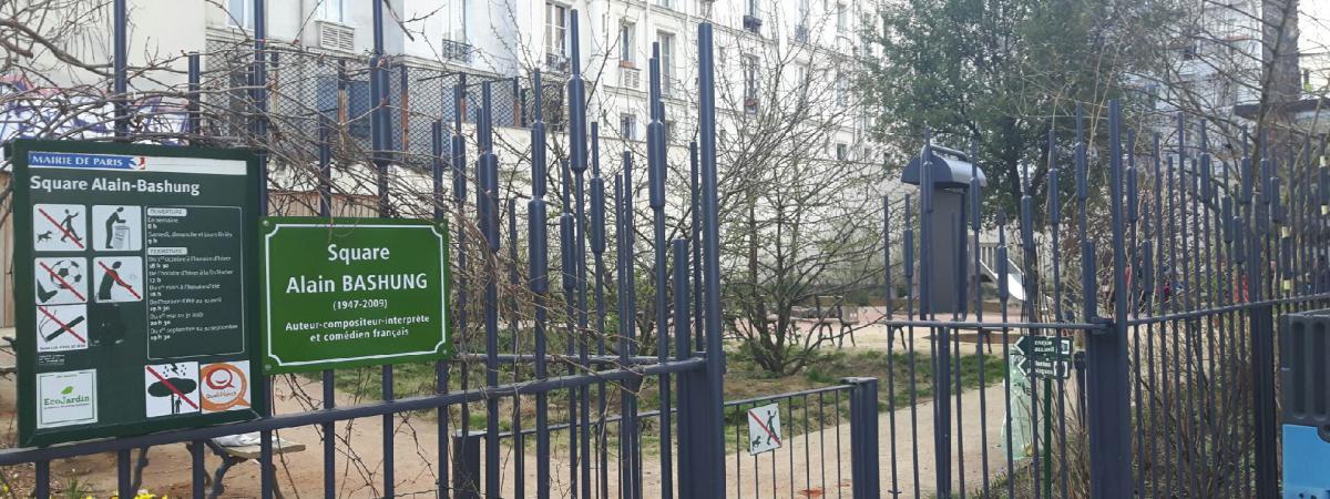 Derrière les grilles de ce square du quartier de la Goutte-d'Or, dans le XVIIIe arrondissement de Paris, des mineurs isolés basculent dans la toxicomanie.