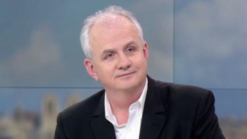 """Politique : Olivier de Lagarde présente """"Moi président"""""""