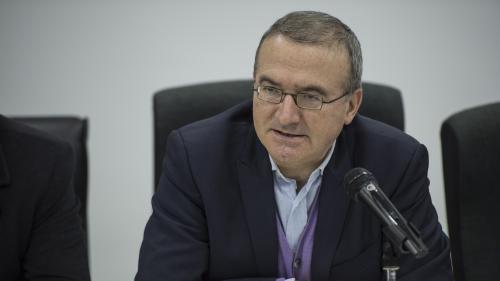 """VIDEO. """"On n'est pas couché"""" : Hervé Mariton taclé sur le salaire des députés"""