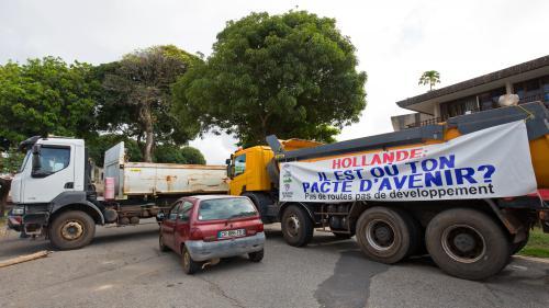 """Grève générale: """"Les Guyanais ne supportent plus d'être pris pour des imbéciles"""""""
