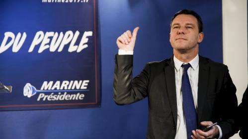 """""""C'est la présidentielle la mieux préparée dans le fond"""" : comment le FN tente de """"professionnaliser"""" sa campagne"""