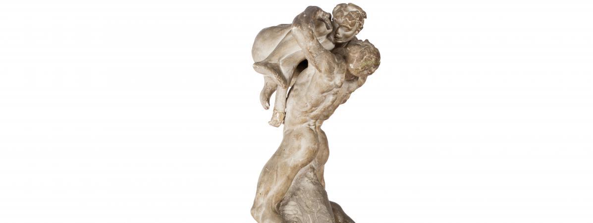 Un Platre De Rodin Decouvert Par Hasard Dans Un Garde Meuble Du Pays
