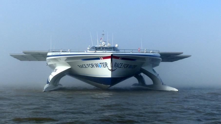 Le Catamaran Quot Race For Water Quot Quitte Lorient Pour Une