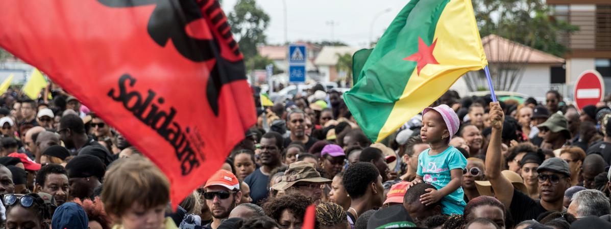 """Résultat de recherche d'images pour """"mouvement Guyane INDEPENDANTISTE"""""""