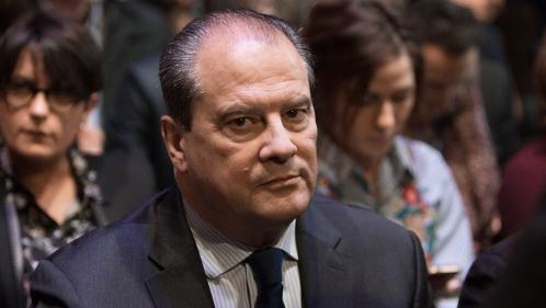 PS : Jean-Christophe Cambadélis saisit la commission des conflits après le soutien d'élus socialistes à Emmanuel Macron