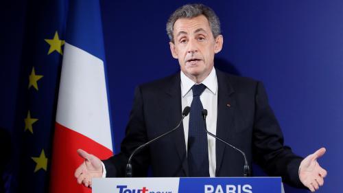 """Présidentielle : Sarkozy appelle à faire fi des """"hésitations"""" et des """"états d'âme"""" en votant Fillon"""
