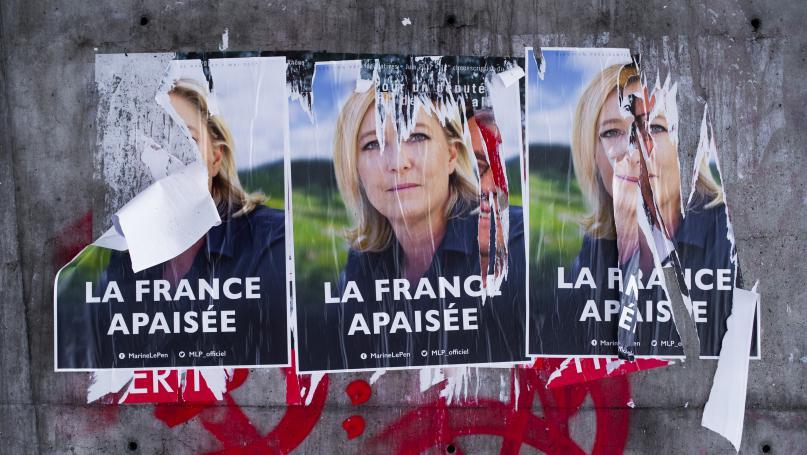 """Révision de la Constitution : """"Le projet de Marine Le Pen est de sortir de la République"""""""