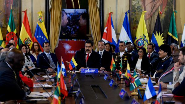 Présidentielle : quatre questions sur l'Alliance bolivarienne, que Mélenchon veut rejoindre