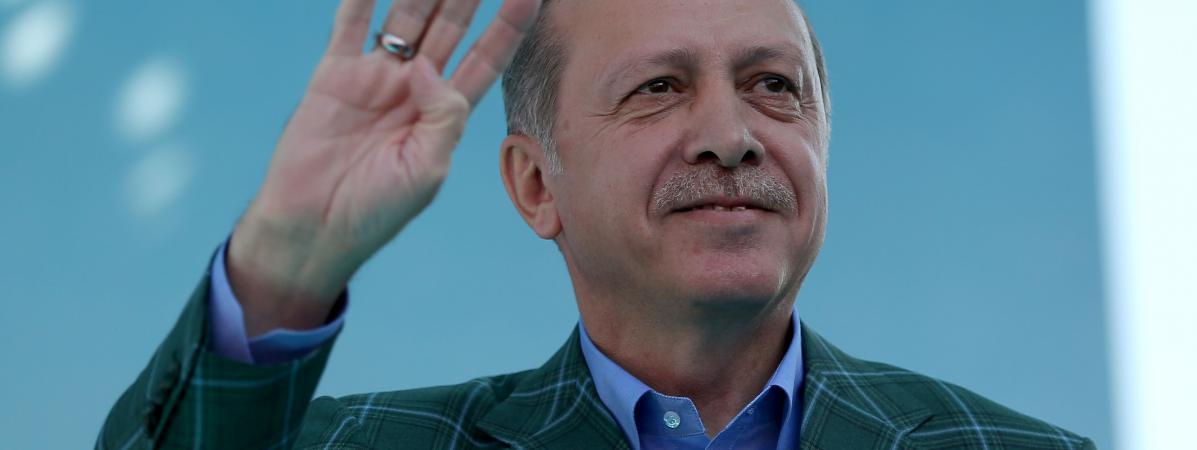 Le président turc,Recep Tayyip Erdogan, lors d\'un meeting à Istanbul, le 15 avril 2017.