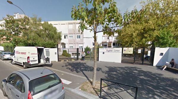 Seine-Saint-Denis : un lycéen séquestre plusieurs de ses camarades et son professeur