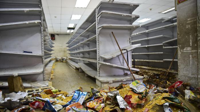 VIDEO. Venezuela : scènes de désolation dans des magasins pillés à Caracas