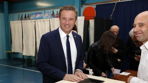 DIRECT. Présidentielle 2017 : les premiers candidats votent pour le premier tour