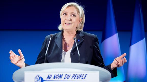 Marine Le Pen, candidate à l\'élection présidentielle, au soir du premier tour à Hénin-Beaumont (Pas-de-Calais), le 23 avril 2017.