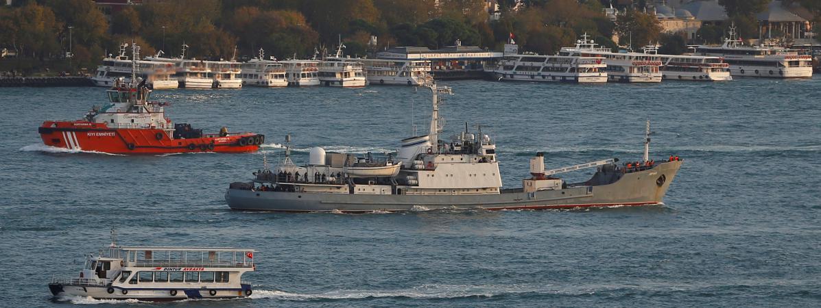 un navire russe coule apr s une collision pr s des c tes turques le personnel a t secouru. Black Bedroom Furniture Sets. Home Design Ideas