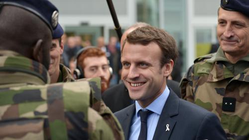 Instaurer un service militaire obligatoire d'un mois : cinq questions sur la promesse d'Emmanuel Macron