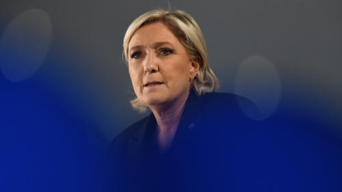 """VIDEO. """"Fille de"""", """"haine"""", """"irresponsabilité""""... Marine Le Pen vue par Emmanuel Macron"""