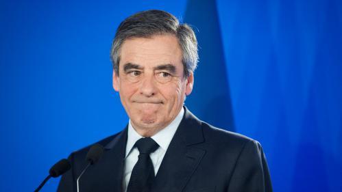 Soupçons d'emploi fictifs : François Fillon entendu par les juges