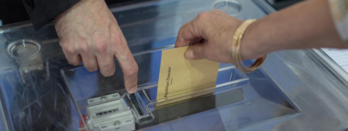 """Résultat de recherche d'images pour """"bulletin de vote et urne"""""""
