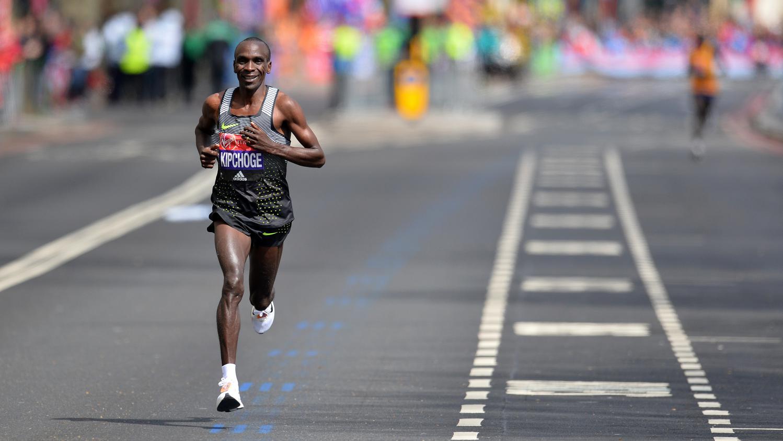 Marathon en moins de deux heures : regardez en intégralité la course  d'Eliud Kipchoge
