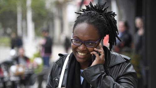 Six choses à savoir sur Sibeth Ndiaye, laconseillère d'Emmanuel Macron quicrèvel'écran