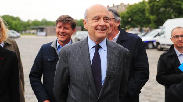 Alain Juppé est-il En Marche ?