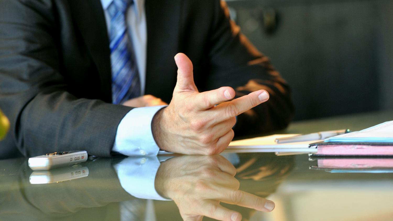 Résultats de recherche d'images pour «congédiement PDG»