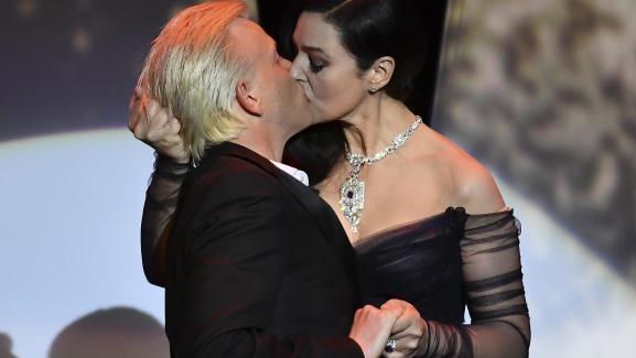 français baisers Christian Dating sites de rencontre pour les personnes souffrant d'anxiété