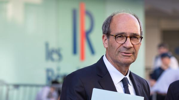 """Les 4 Vérités - Retraites : Macron, """"clairement, oppose les générations"""", estime Woerth (LR)"""
