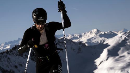 """Kilian Jornet gravit l'Everest en 26 heures : """"Un himalayiste traditionnel va faire le même parcours en 4 ou 5 jours"""""""
