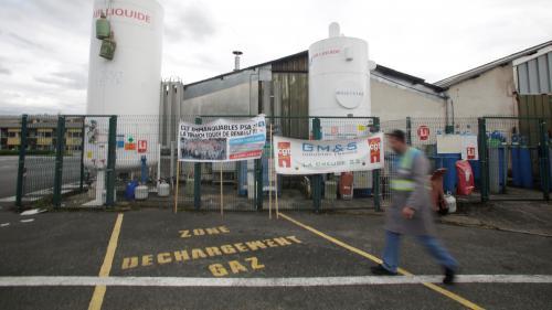 """""""C'est la solidarité qui nous permet de ne pas crever"""" : à La Souterraine, la vie en sursis des salariés de GM&S"""
