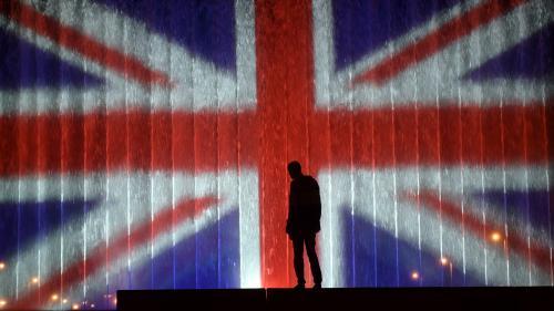 EN IMAGES. Attentat à Manchester : le monde s'illumine aux couleurs britanniques en mémoire des victimes