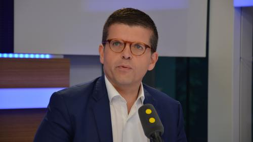 """Révélations du """"Canard enchaîné"""" : Luc Carvounas juge que Richard Ferrand a commis """"une faute"""""""