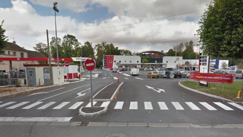 Seine-et-Marne: trois hommes en fuite après une tentative de braquage et une prise d'otages dans un supermarché