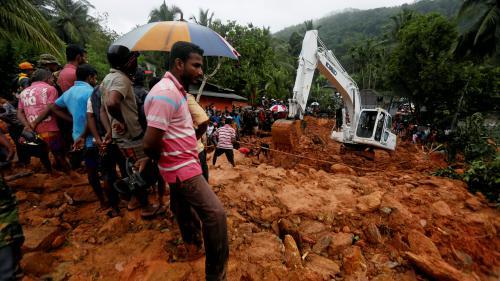 Sri Lanka : une mousson intense provoque des inondations et des glissements de terrain et fait plus de 90 morts