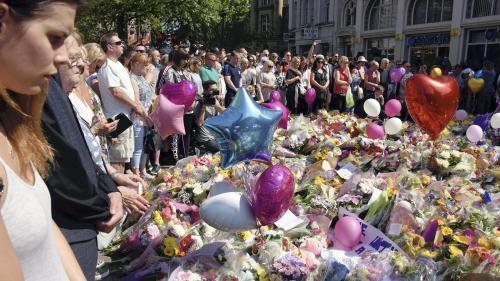 Attentat de Manchester : Ariana Grande promet de revenir pour un concert au profit des victimes