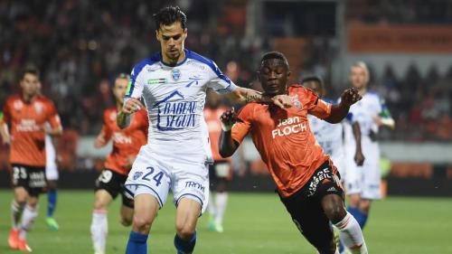 Troyes évoluera en Ligue 1 la saison prochaine, Lorient relégué
