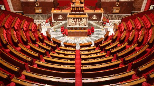 Législatives : l'alliance En marche !-MoDem obtiendrait 29,5% des voix, devant LR-UDI (22%), selon notre sondage Ipsos/Sopra Steria
