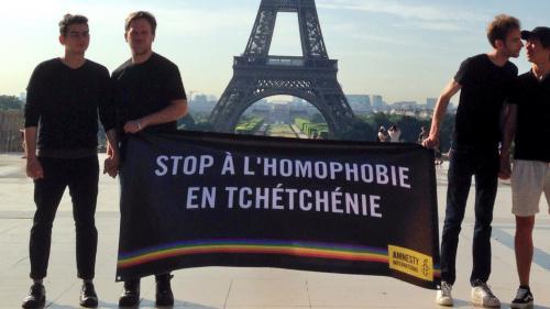 """""""Stop à l'homophobie en Tchétchénie"""", lance Amnesty international avant la visite de Poutine à Versailles"""