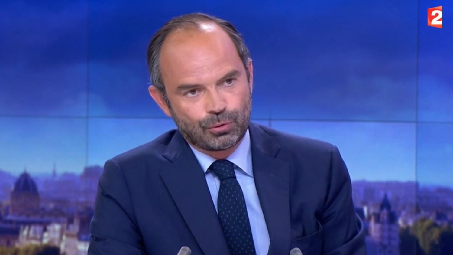 video regardez l 39 int gralit de l 39 interview du premier ministre edouard philippe sur france 2. Black Bedroom Furniture Sets. Home Design Ideas