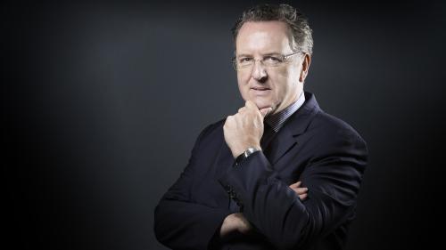 """Richard Ferrand, un ambitieux """"marcheur"""" devenu la première épine dans le pied de Macron"""