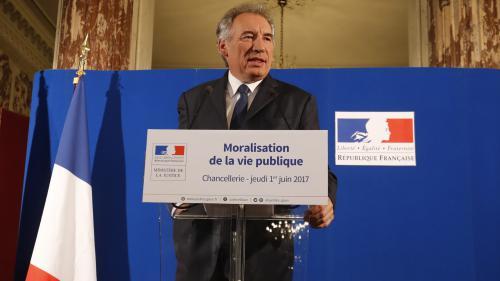 """Moralisation de la vie publique : """"Tout cela va dans le bon sens"""", selon les associations anti-corruption"""