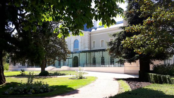 L\'extérieur du musée Girodet.