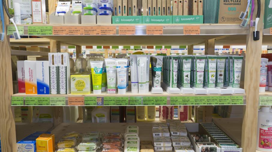 cosm tique 60 millions de consommateurs publie une liste de produits non toxiques. Black Bedroom Furniture Sets. Home Design Ideas