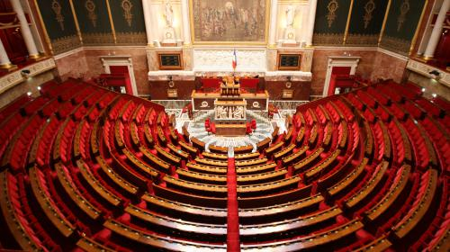 """Abstention, """"dégagisme"""", parité... Ce qu'il faut retenir des législatives"""