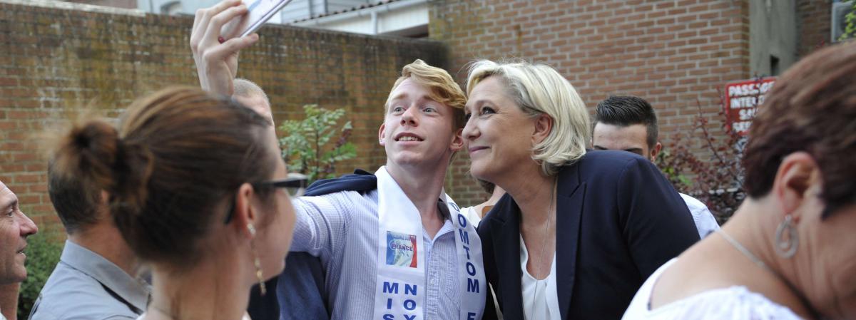 La présidente du Front national, Marine Le Pen, le 11 juin 2017 à Hénin-Beaumont (Pas-de-Calais).