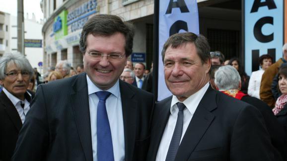 Le député Romain Grau (à gauche), le 7 avril 2012 à Perpignan (Pyrénées-Orientales).