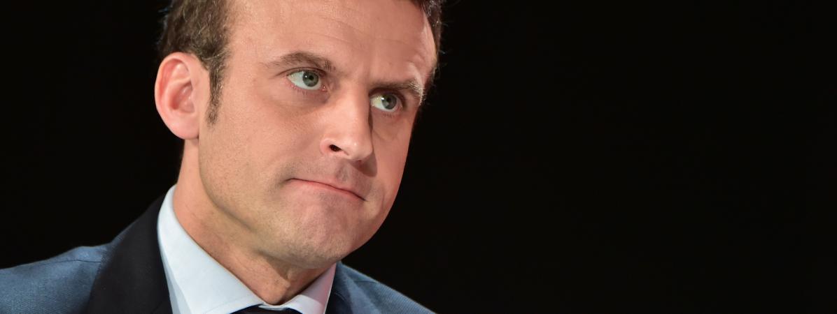 Le président de la République, Emmanuel Macron, le 31 janvier 2017 à la Défense (Hauts-de-Seine).