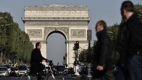 Tour de France : sécurité maximale pour l'arrivée des cyclistes sur les Champs-Élysées