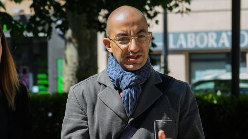 """Battu dans l'Aisne, un proche de Marine Le Pen s'écharpe avec des """"cons"""" sur Twitter"""